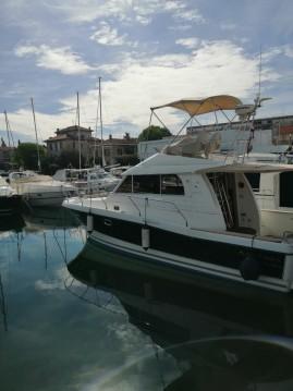 Rental Motorboat in Zadar - Bénéteau Antares 10.80 Fly