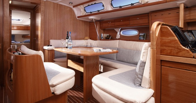 Rental yacht Anzio - Bavaria Bavaria 46 Cruiser on SamBoat
