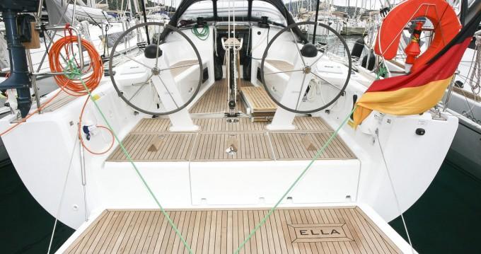 Rental Sailboat in Rogoznica - Dehler Dehler 42