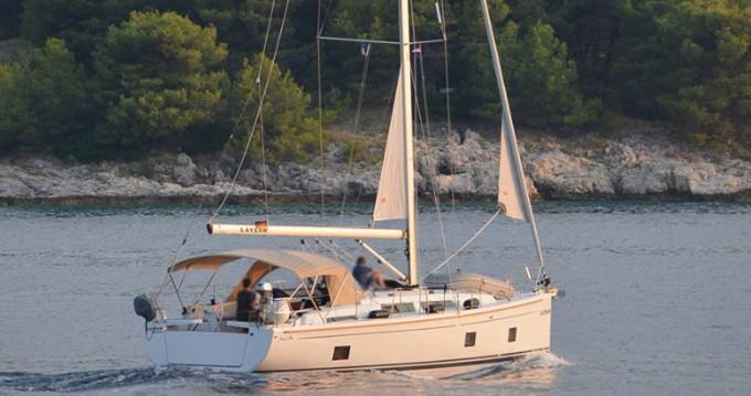 Rental Sailboat in Rogoznica - Hanse Hanse 418