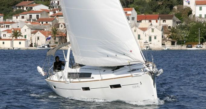 Rental Sailboat in Punat - Bénéteau Oceanis 41