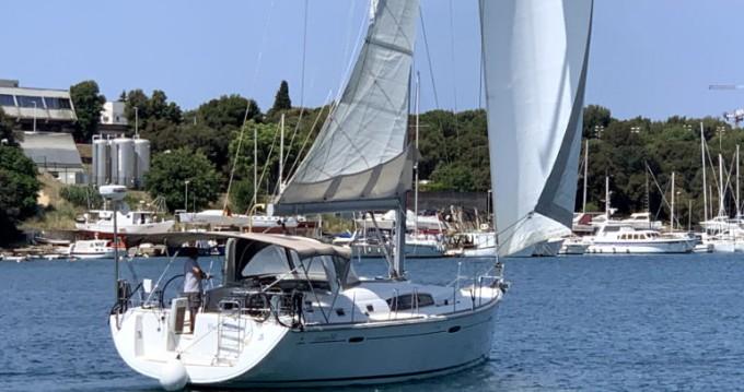 Boat rental Bénéteau Oceanis 50 in Pula on Samboat