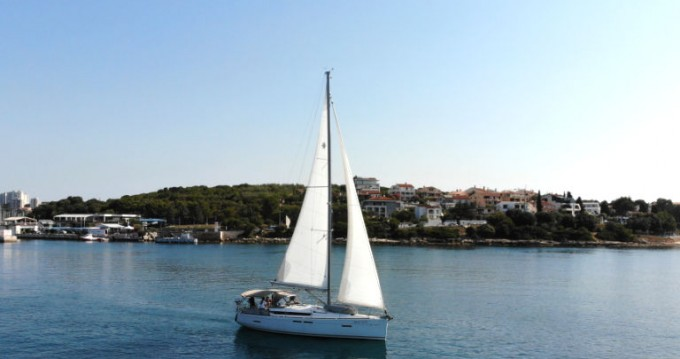 Rental yacht Pula - Jeanneau Sun Odyssey 419 on SamBoat