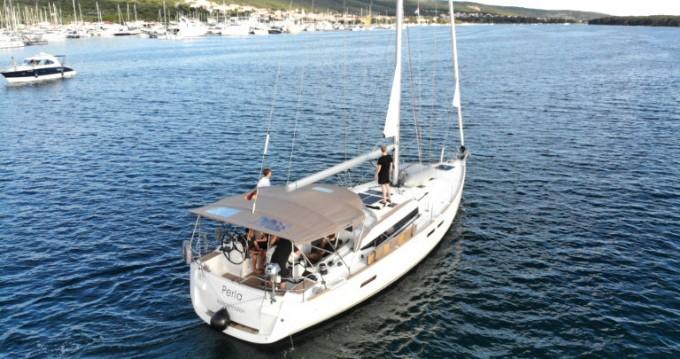 Boat rental Jeanneau Sun Odyssey 479 in Punat on Samboat