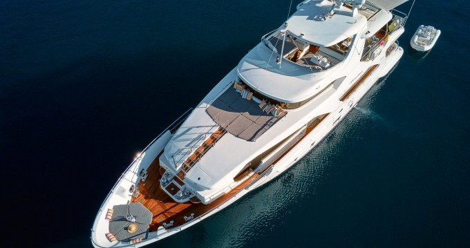 Rental yacht Split - Benetti Benetti Delfino 93 on SamBoat