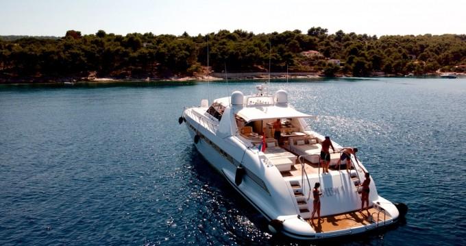 Rental yacht Seget Donji - Overmarine Mangusta 80 - 3 cab. on SamBoat