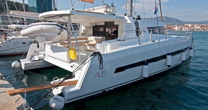 Boat rental Catana Bali 4.5 - 4 + 2 cab. in Split on Samboat