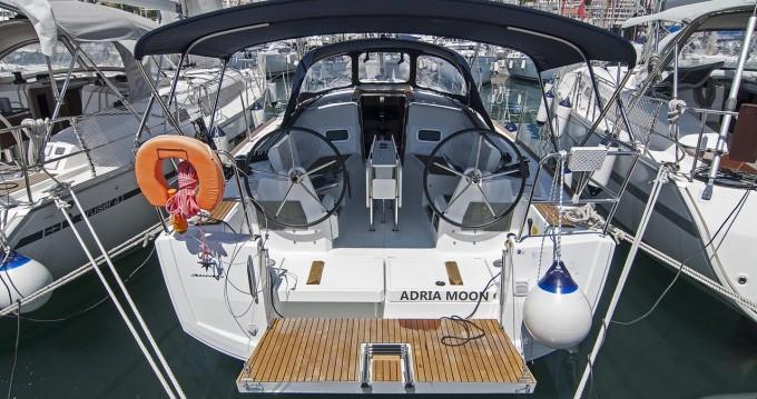Boat rental Jeanneau Sun Odyssey 349 in Split on Samboat