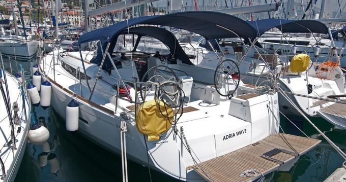 Rental Sailboat in Split - Jeanneau Sun Odyssey 449
