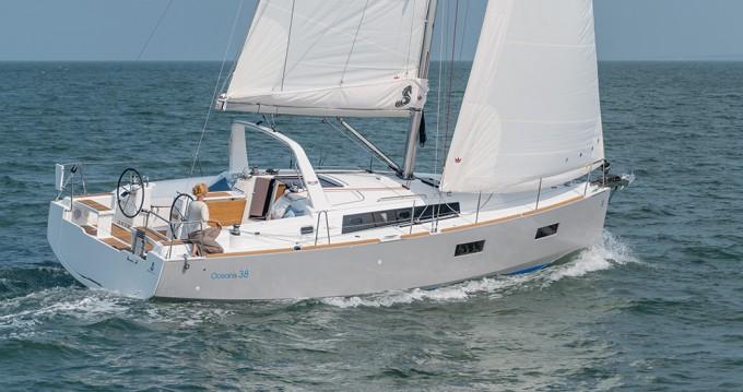 Boat rental Bénéteau Oceanis 38 in Biograd na Moru on Samboat