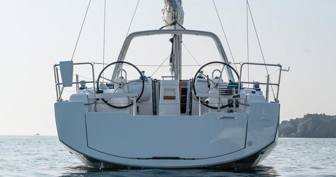 Rental Sailboat in Biograd na Moru - Bénéteau Oceanis 38