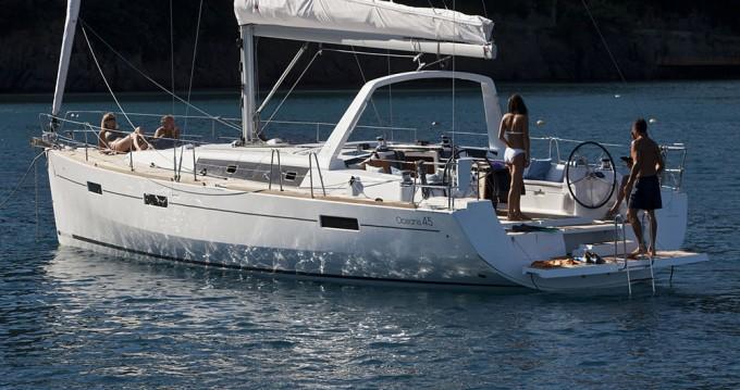 Bénéteau Oceanis 45 between personal and professional Kaštela