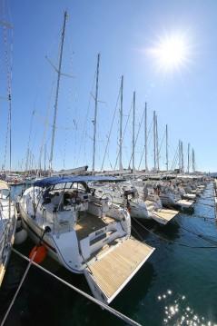 Rental yacht Biograd na Moru - Bavaria Cruiser 45 on SamBoat