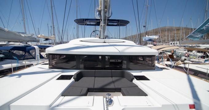 Rental Catamaran in Palma de Mallorca - Lagoon Lagoon 52