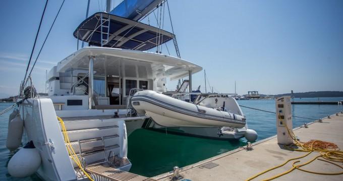 Boat rental Palma de Mallorca cheap Lagoon 52 F