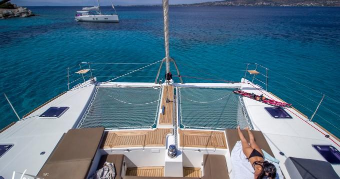 Boat rental Alimos cheap Lagoon 560