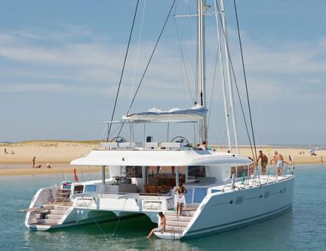 Boat rental Alimos cheap Lagoon 620
