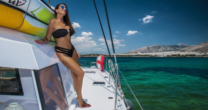 Hire Catamaran with or without skipper Nautitech Alimos