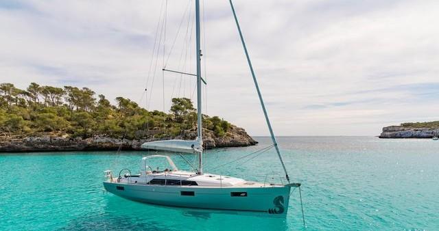 Rental yacht Skiathos - Bénéteau Oceanis 41.1 on SamBoat