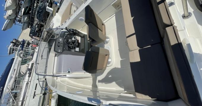 Rent a Quicksilver Activ 555 Open Marseille