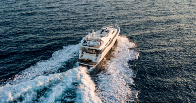 Hire Yacht with or without skipper Posillipo Alimos