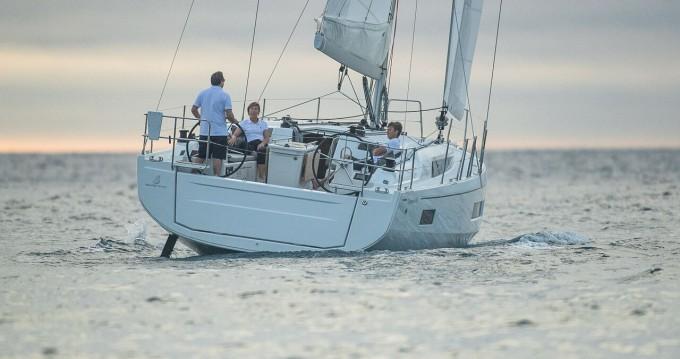 Rent a Bénéteau Oceanis 40.1 Punat