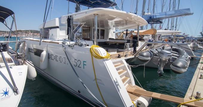Rental yacht Komolac - Lagoon Lagoon 52 F on SamBoat