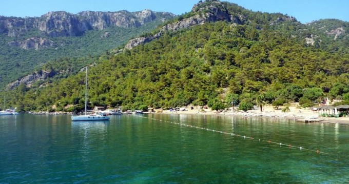 Rental yacht Göcek - Bénéteau Oceanis 43 Family - 4 cab. on SamBoat