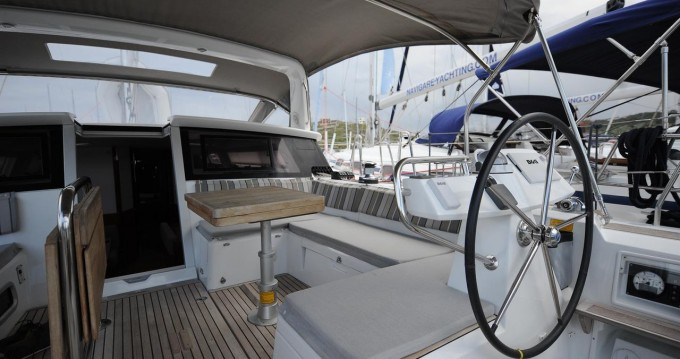 Rental Sailboat in Lávrio - Bénéteau Beneteau Sense 50 - 3 + 1 cab.