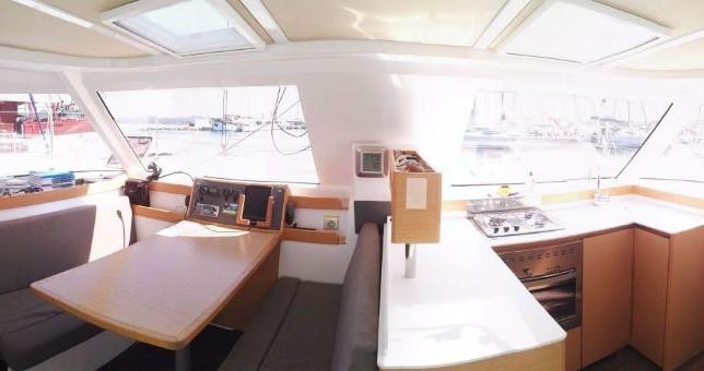 Hire Catamaran with or without skipper Nautitech Jezera