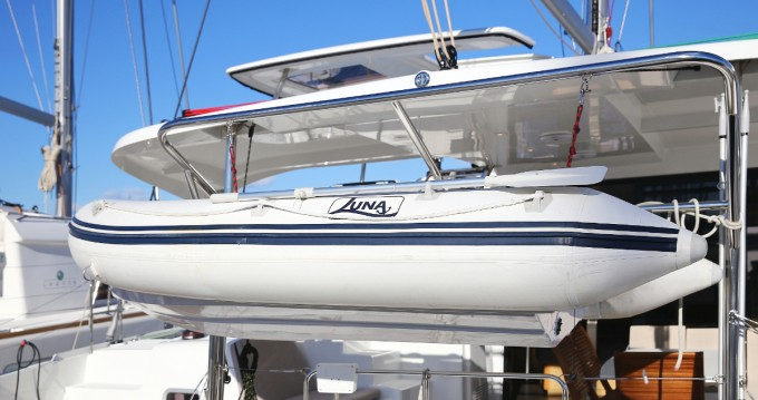 Boat rental Lagoon Lagoon 42 in Vodice on Samboat