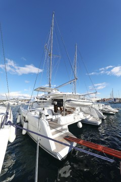 Hire Catamaran with or without skipper Lagoon Vodice