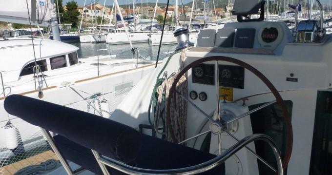 Boat rental Lagoon Lagoon 380 in Šibenik on Samboat