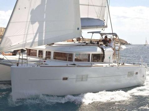 Rental Catamaran in Pomer - Lagoon Lagoon 400 S2