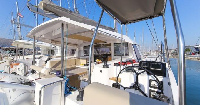 Boat rental Trogir cheap Nautitech 40