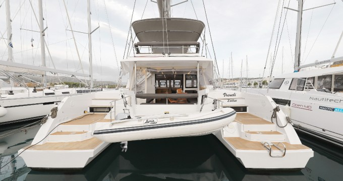 Rental Catamaran in Trogir - Nautitech Nautitech 46 Fly