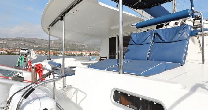 Boat rental Fountaine Pajot Orana 44 in Vodice on Samboat