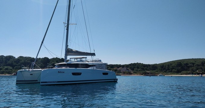 Rental yacht Trogir - Fountaine Pajot Saona 47 on SamBoat