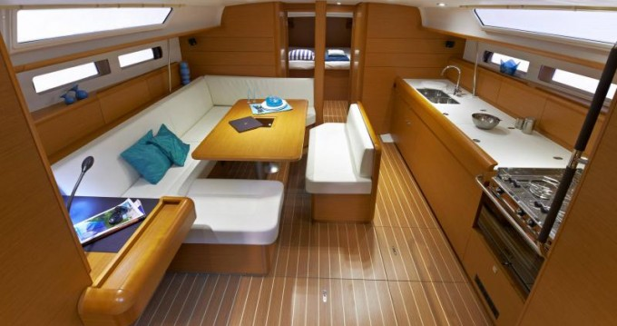 Jeanneau Sun Odyssey 479 between personal and professional Seget Donji