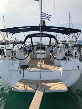 Boat rental Athens cheap Sun Odyssey 519