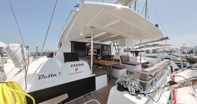 Rental Catamaran in Biograd na Moru - Fountaine Pajot Astrea 42