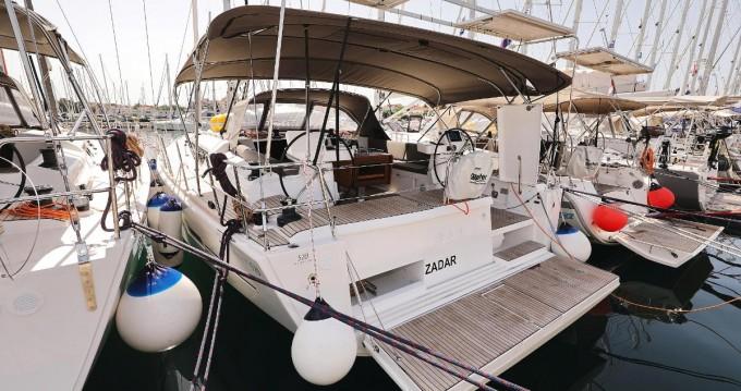 Rental yacht Biograd na Moru - Dufour Dufour 520 Grand Large on SamBoat