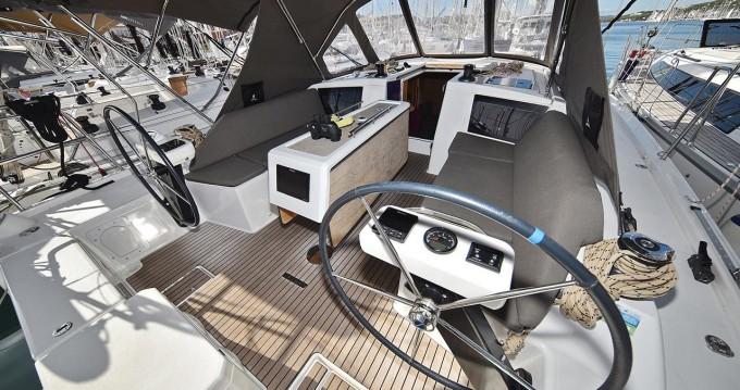 Boat rental Dufour Dufour 390 GL in Trogir on Samboat