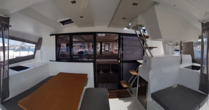 Hire Catamaran with or without skipper Fountaine Pajot Lávrio
