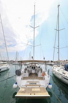 Bavaria Cruiser 46 Style between personal and professional Biograd na Moru
