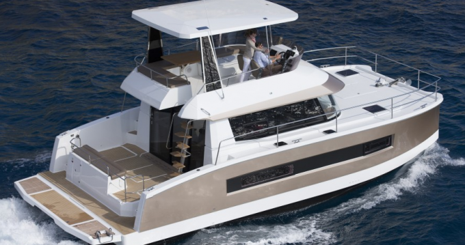 Hire Motorboat with or without skipper Fountaine Pajot Biograd na Moru
