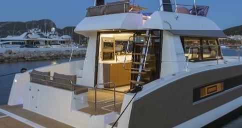Rental Motorboat in Biograd na Moru - Fountaine Pajot My 37