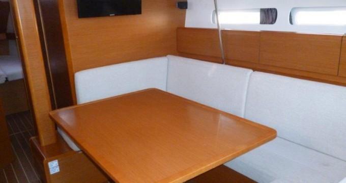 Rental yacht Lidingö - Jeanneau Sun Odyssey 439 on SamBoat