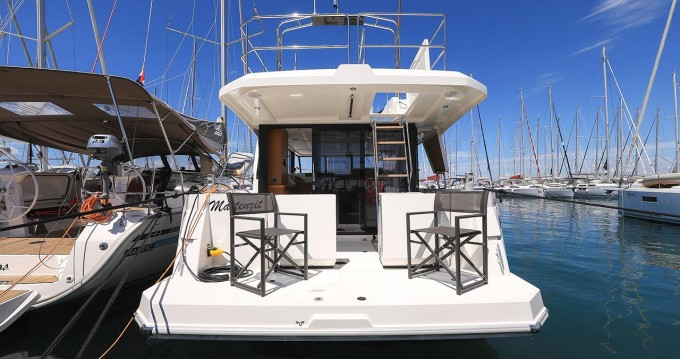 Rental yacht Biograd na Moru - Bénéteau Swift Trawler 35 on SamBoat