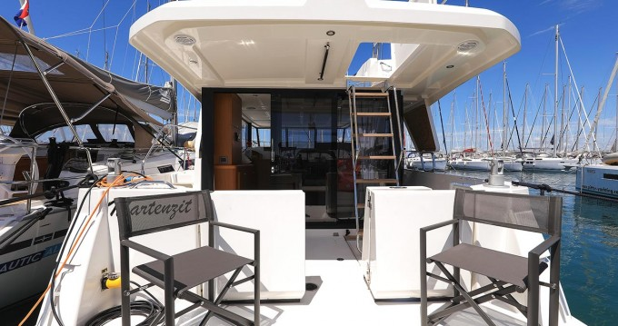 Boat rental Bénéteau Swift Trawler 35 in Biograd na Moru on Samboat
